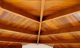 Forro de cedrinho telhado